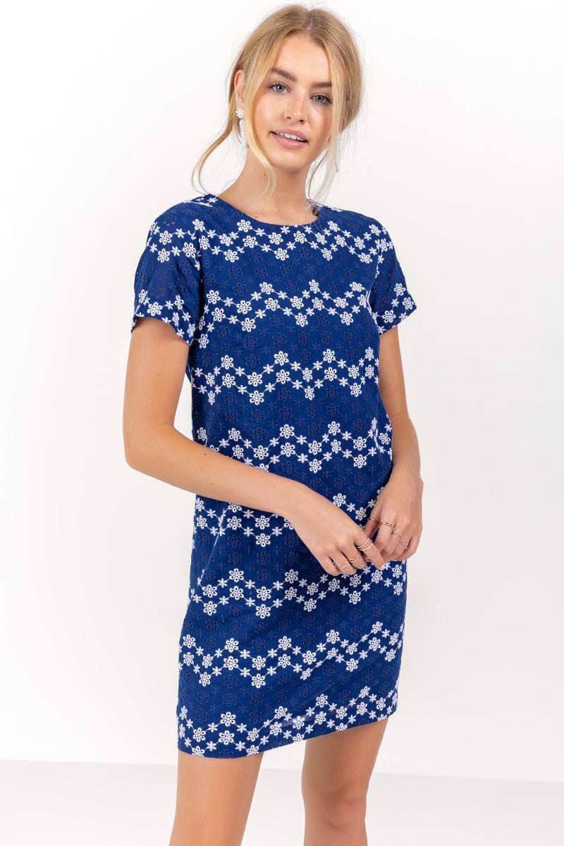 Poppy Zig Zag Eyelet Shift Dress Francesca S Shift Dress Dresses Short Sleeve Dresses [ 1200 x 800 Pixel ]