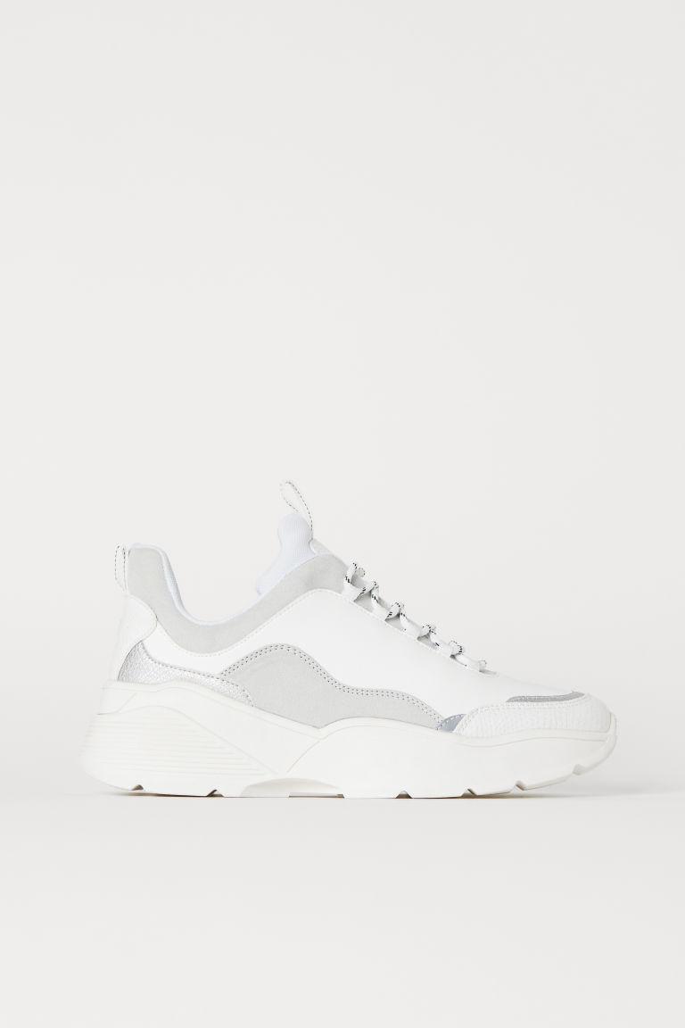 Pin Pa Shoes