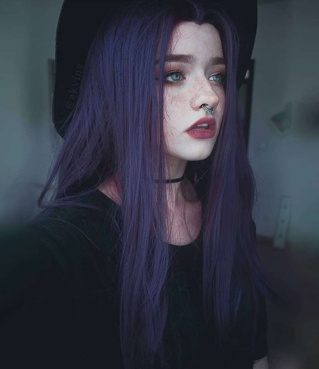 Purple Shadow Root In 2020 Stylists Purple Hair Fashion Colours