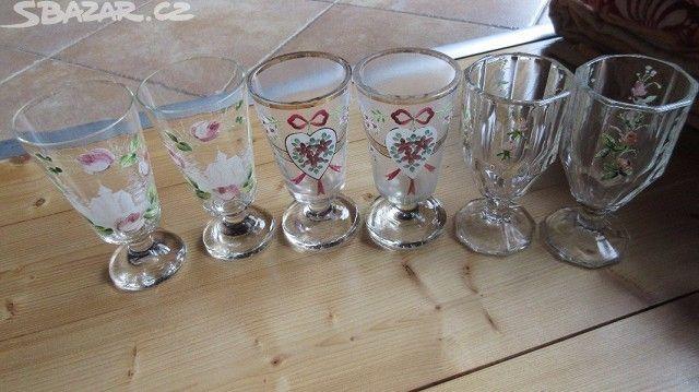 Prodám historické poutní skleničky - obrázek číslo 1