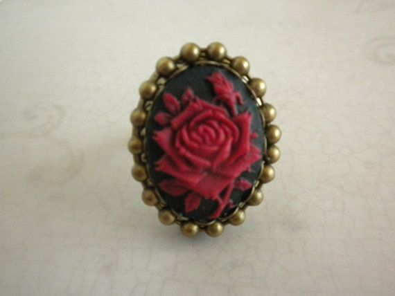 Hey, I found this really awesome Etsy listing at https://www.etsy.com/listing/171789202/the-red-rose-of-verona-poison-ring-is