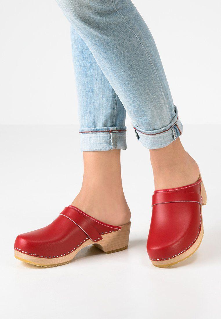 low priced d3ba1 95802 LINA - Clogs - red @ Zalando.se 🛒 | Clogs | Shoes, Clogs ...