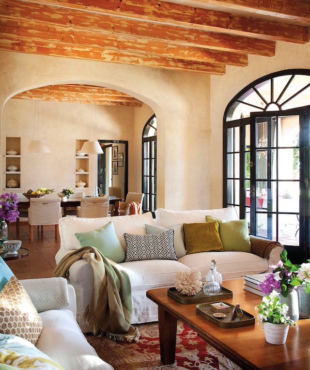 Rustic Mediterranean Home In Minorca Spain Coastal Living Rooms Coastal Decorating Living Room Spanish Style Homes