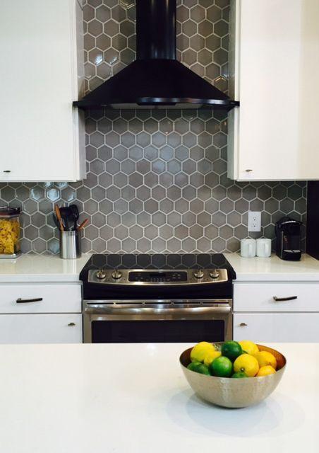 White Kitchen Backsplash With Grey Grout