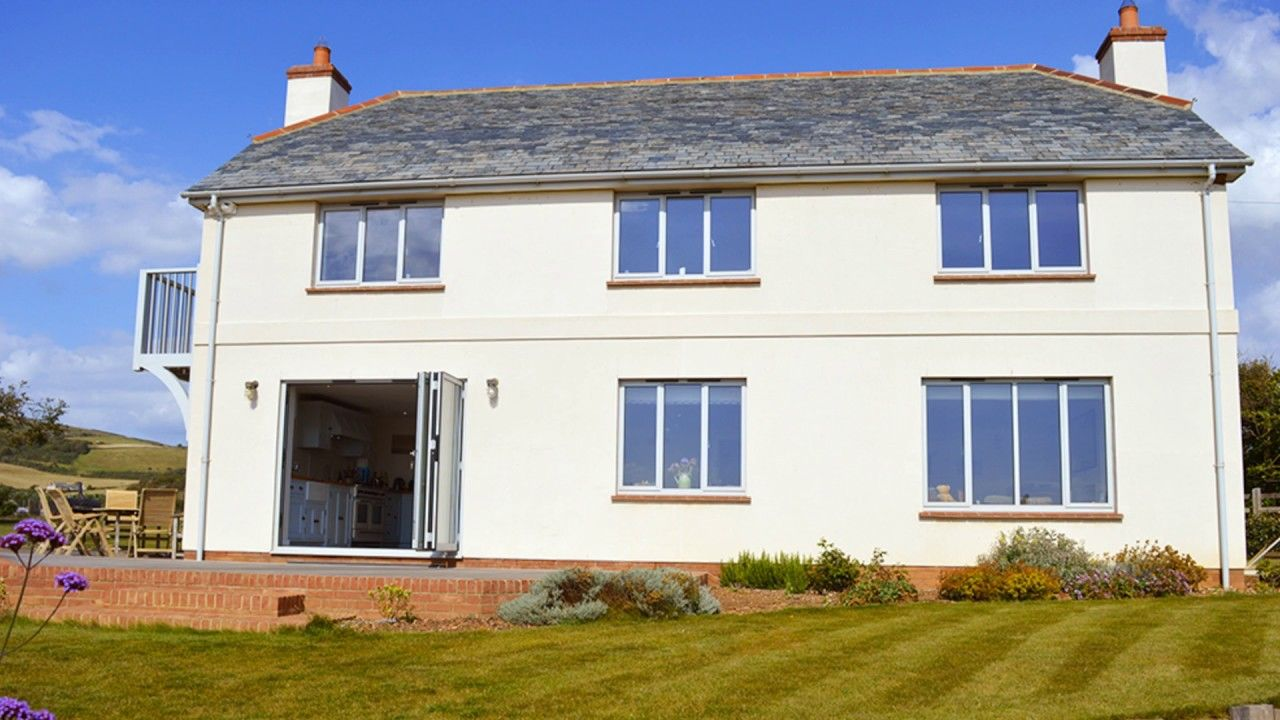 Flaxstead Brook Stunning House With One Of Europe S Top Coastal Views This Eco Friendly House Is So Utterly U With Images Eco Friendly House House Styles Character Home