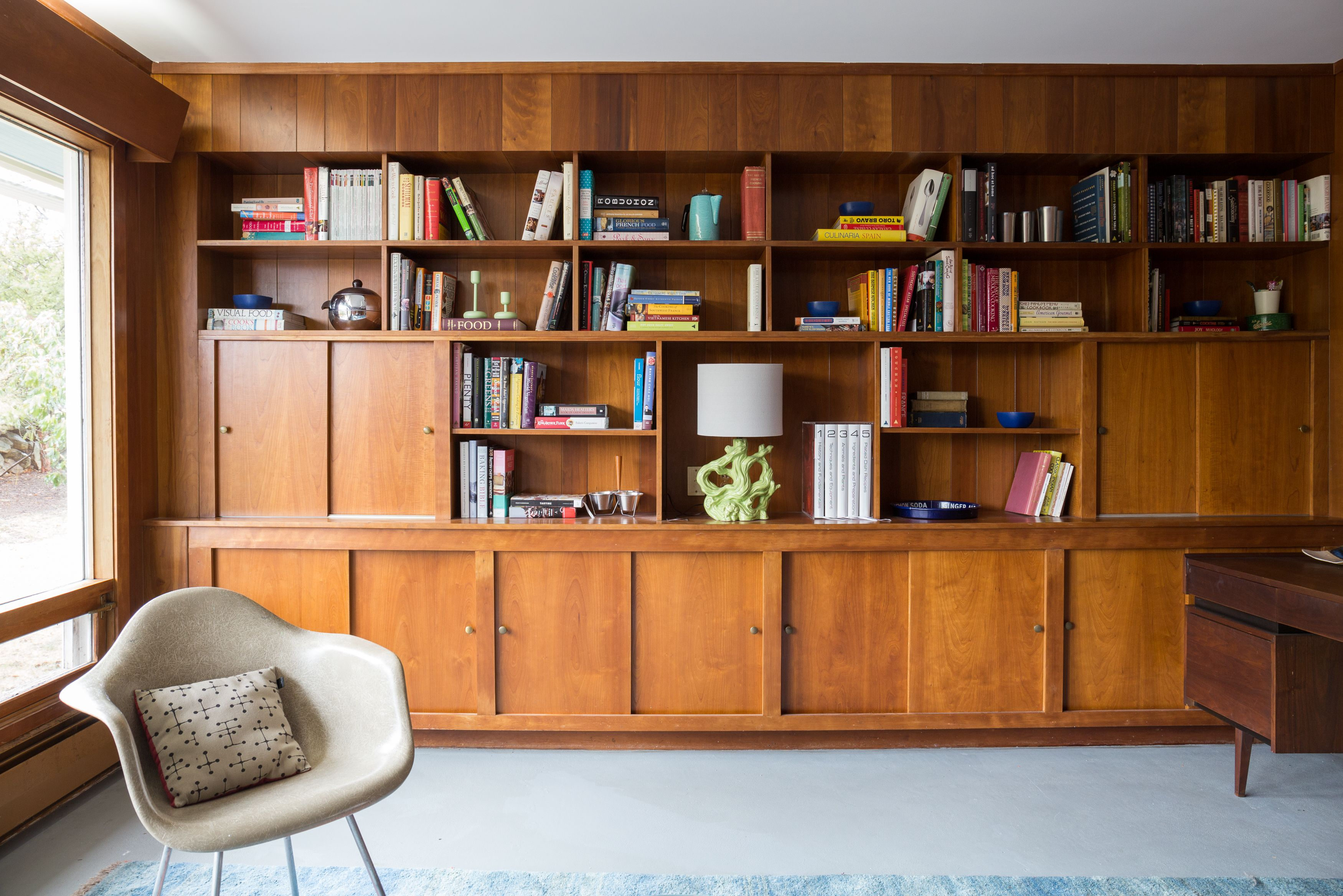 A lovingly restored midcentury home in rhode island carpets