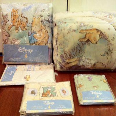 New Nwt Disney Classic Winnie The Pooh 5 Piece Crib Bedding Set For Boy Or Girl Winnie The Pooh Nursery Winnie The Pooh Bedding Baby Disney