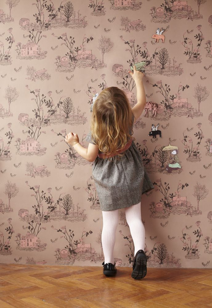 hand drawn forest wallpaper with magnetic movable friends!!