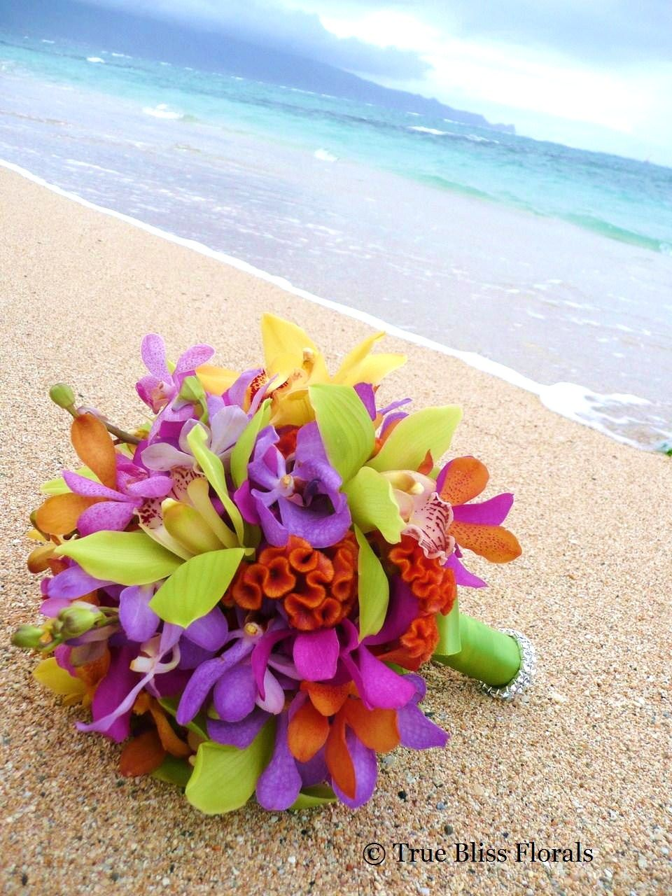 Just make the ribbon the green to match the girls dresses i def maui wedding flowers wedding flowers photos on weddingwire izmirmasajfo Gallery