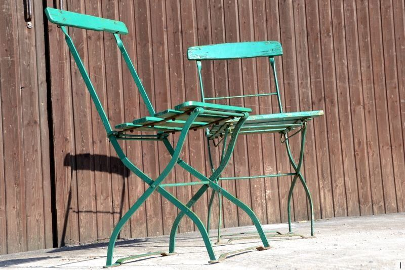 Zwei Alte Biergartenstuhle Biergartenstuhle Gartenstuhle Stuhle
