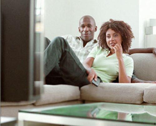We kijken gemiddeld zo\'n 2,5 tot 3 uur per dag TV. Het is dan ook ...