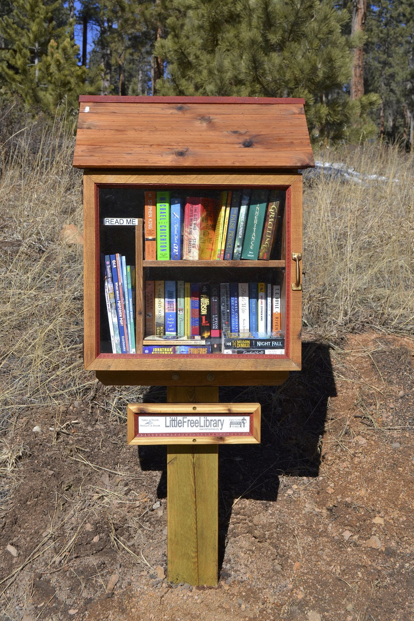 Little free library made out of a pallet. Little free