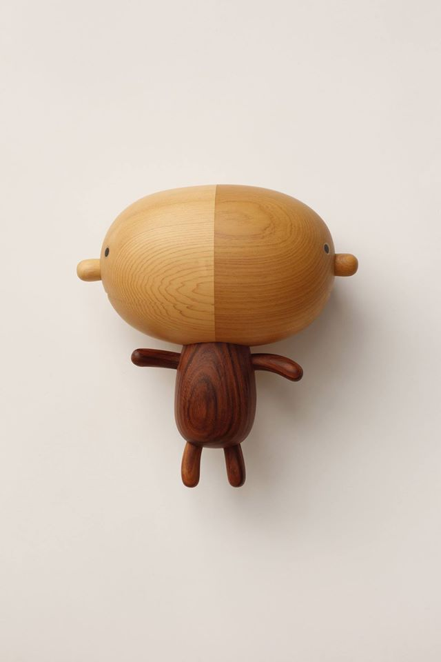 I haven't seen this many dawww-worthy designs in one place since friendswithyou's blindbox series. Yen Jui-Lin​ is an artist from Taiwan specializing in wooden sculptures, decor, and furniture. These adorable creatures demand attention due to their playful appearance and beautiful wood grain patterns. I just wish I could see these in person, or even better, take one home for myself!