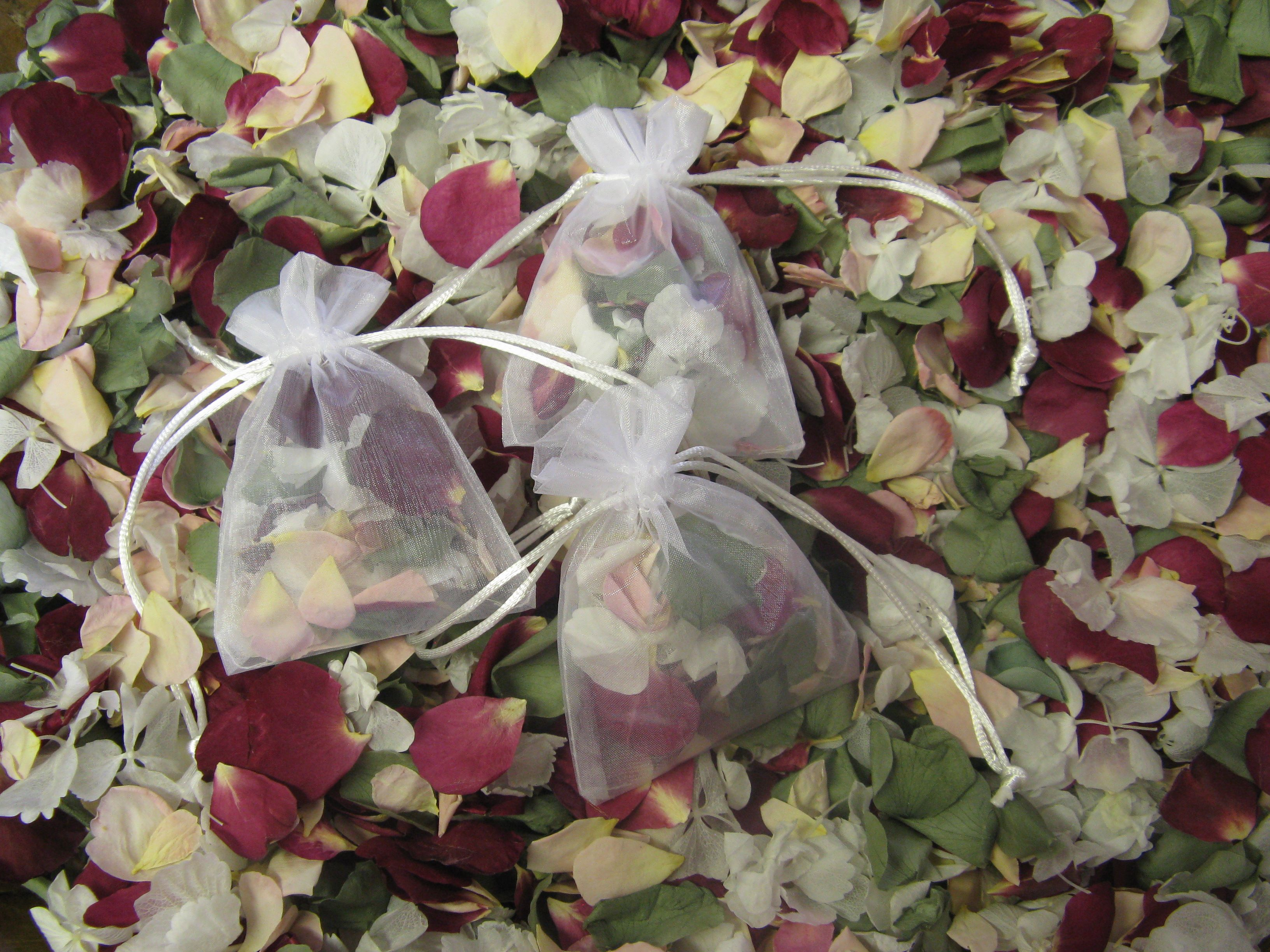 A lovely bespoke real flower petal confetti mix for autumn - and only £1.99 a bag!