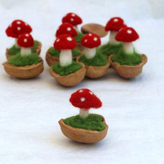 Gefilzter Pilz in einer Nussschale - Waldorf inspiriert #felting