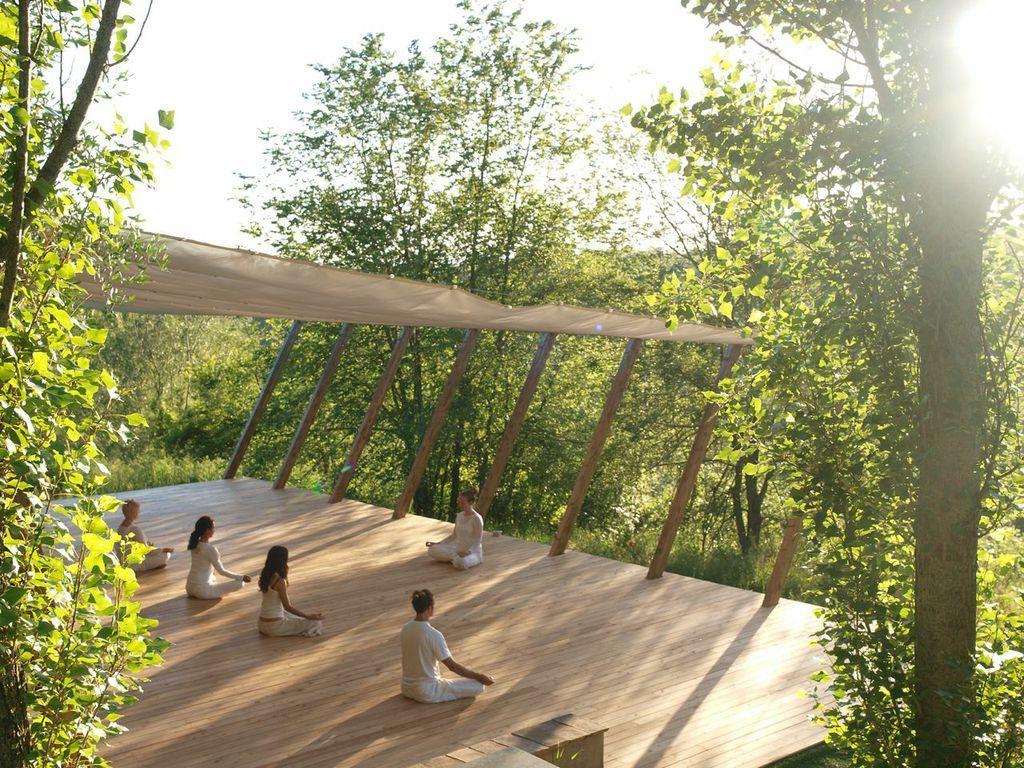 INSPIRATION Gallery Outdoor Yoga Platform Yoga garden
