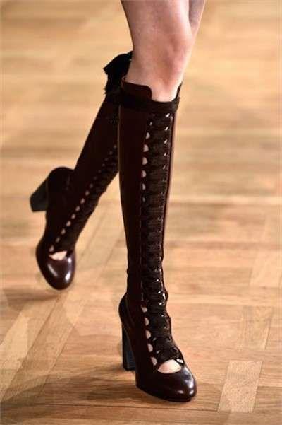 Scarpe inverno 2015, stivali con lacci