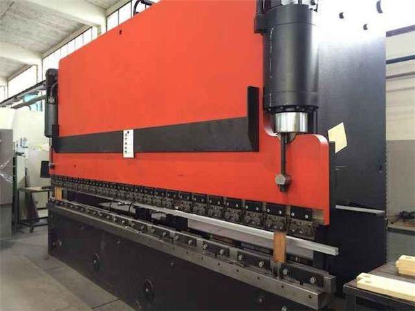 Hacmpress Sheet Foot Pedal Press Brake Machine For Wc67y 8211 40 2500 In Depok Im Hydraulic Press Brake Press Brake Tooling Press Brake Machine