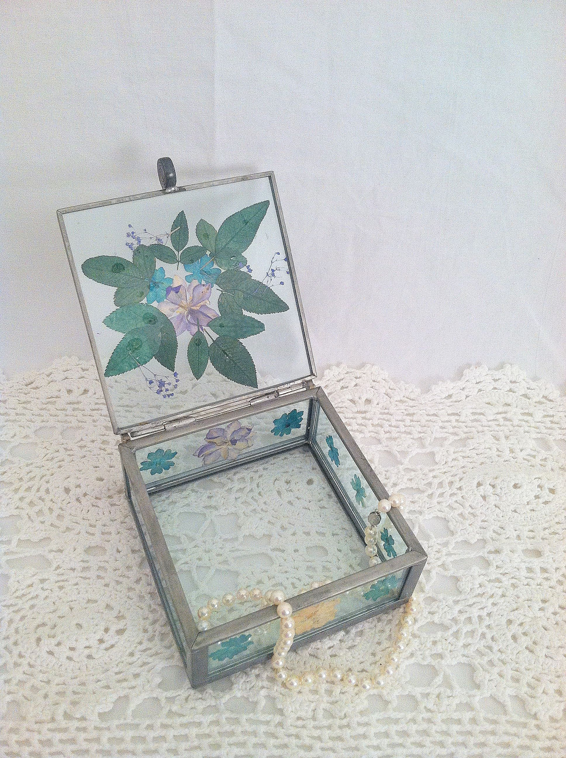 Pressed Flower Trinket
