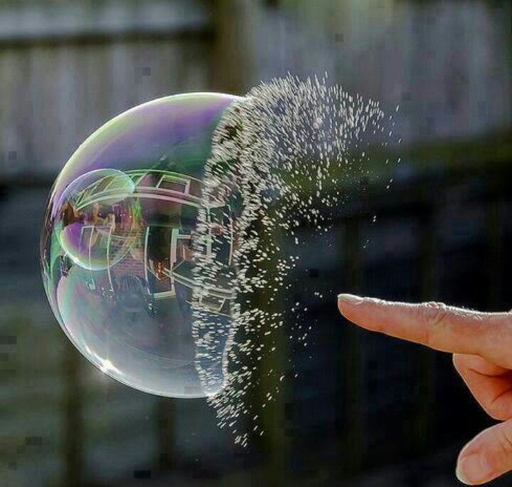 Amazing frozen high speed bubble bursting Photo (photography, picture, image, beautiful, cool)