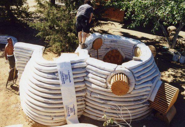 Ecococos Cal Earth Construcción Con Sacos De Arena Superadobe Construir Una Casa Construccion
