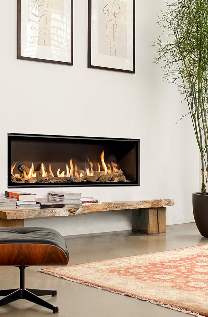 ein moderner gaskamin ist von einem echten kaminfeuer kaum. Black Bedroom Furniture Sets. Home Design Ideas