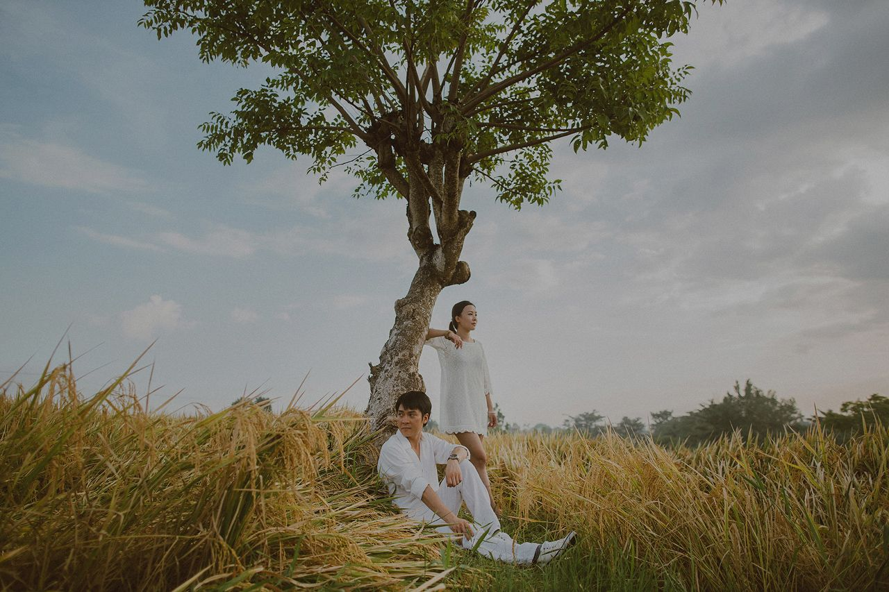 Bali Wedding Photo at Canggu rice fields by Apel Photography