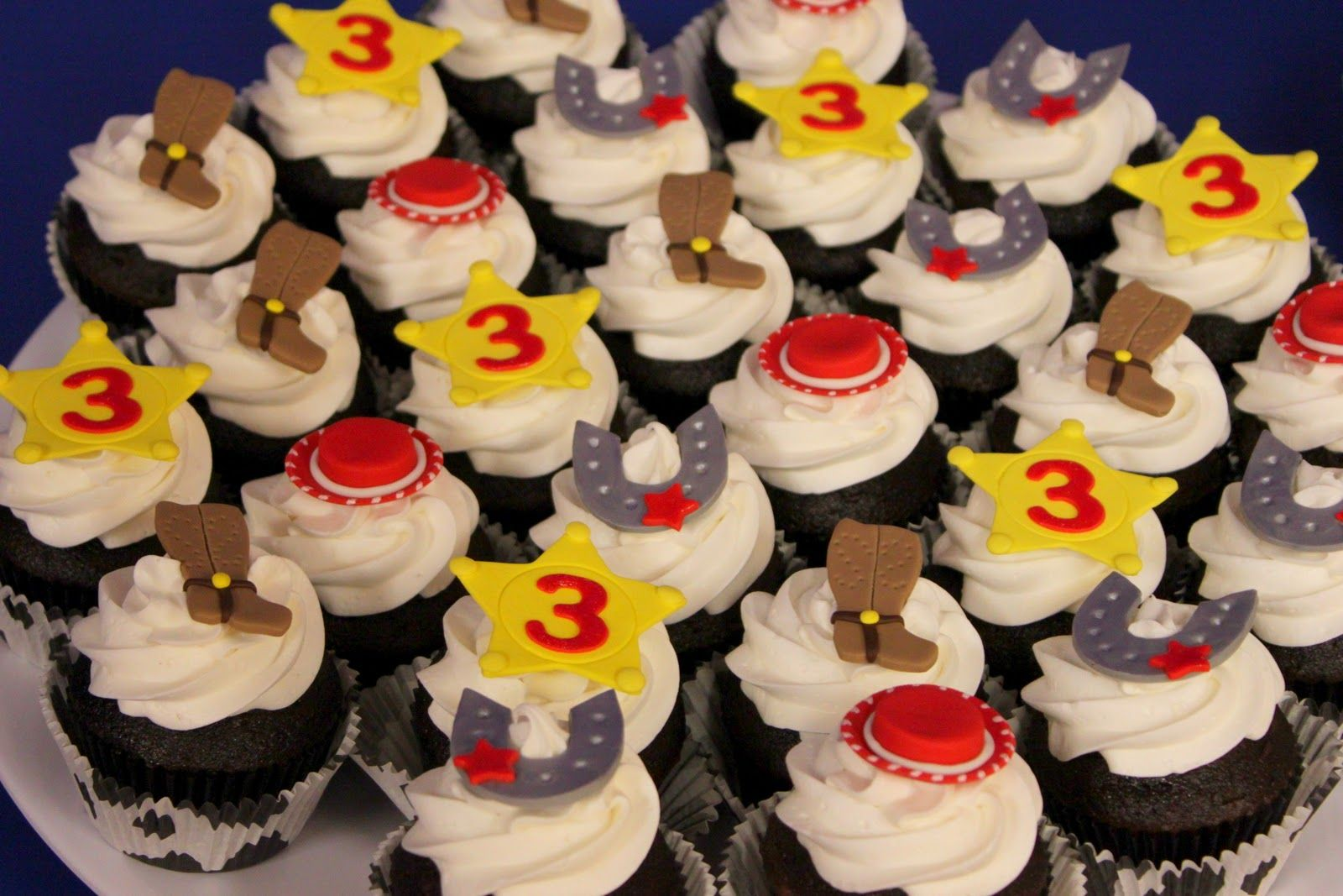Outstanding Jessie Cowgirl Cupcakes With Images Toy Story Cupcakes Funny Birthday Cards Online Drosicarndamsfinfo