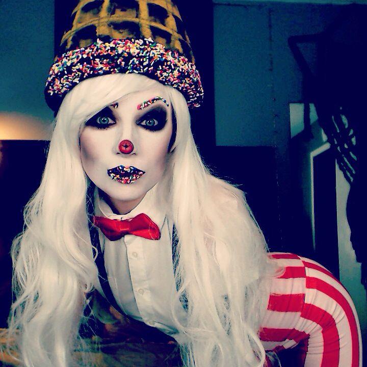 Soda jerk ice cream man makeup costume halloween ideas. Instagram @ TheTrashMask