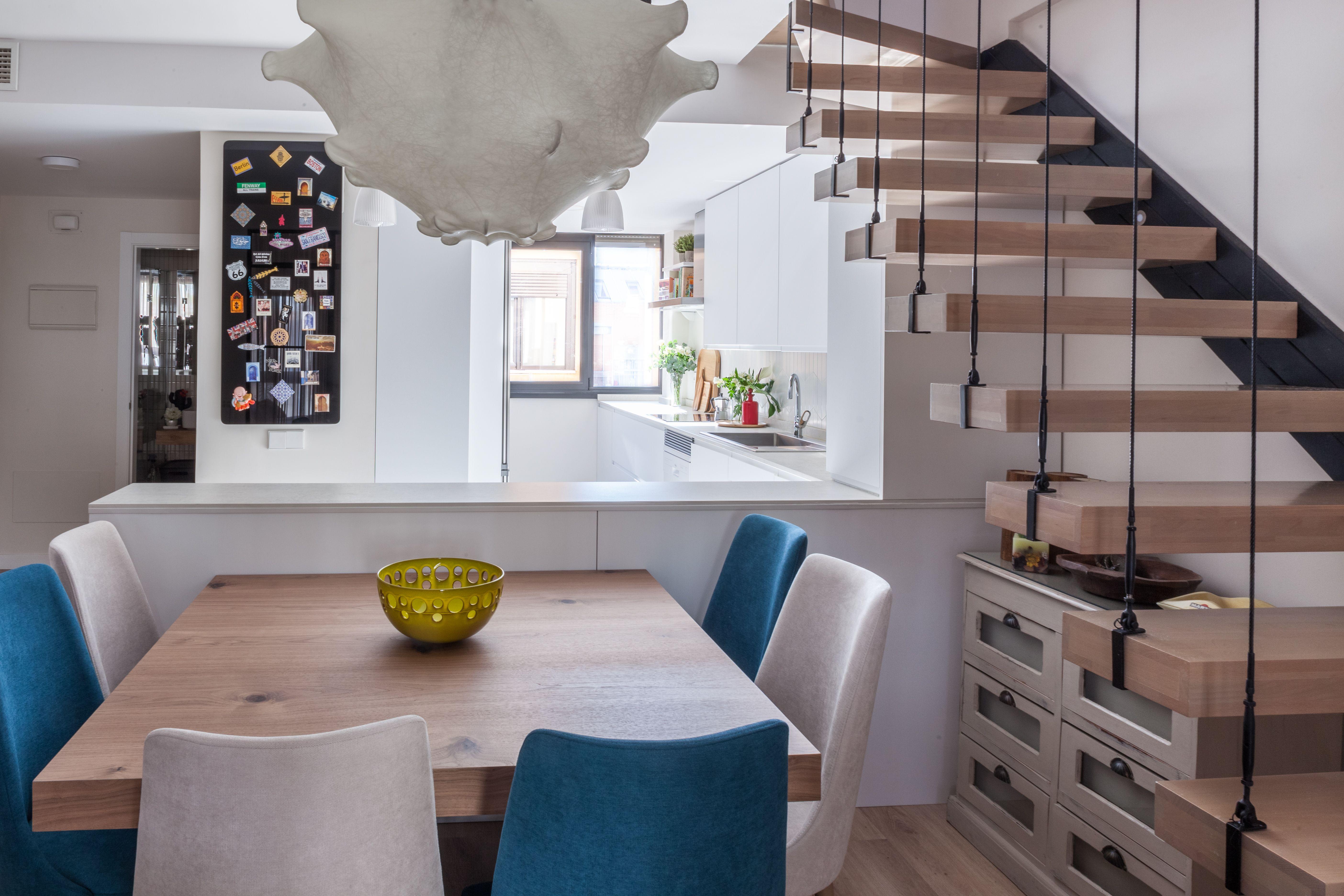 Cocina Abierta Al Comedor Con Mesa Integrada Cocinas Abiertas Cocina Comedor Con Barra Mobiliario De Cocina