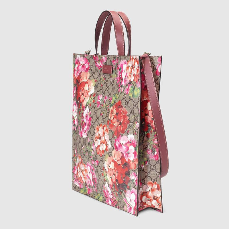 1ee1a17d995 Gucci Soft GG Blooms tote Detail 2