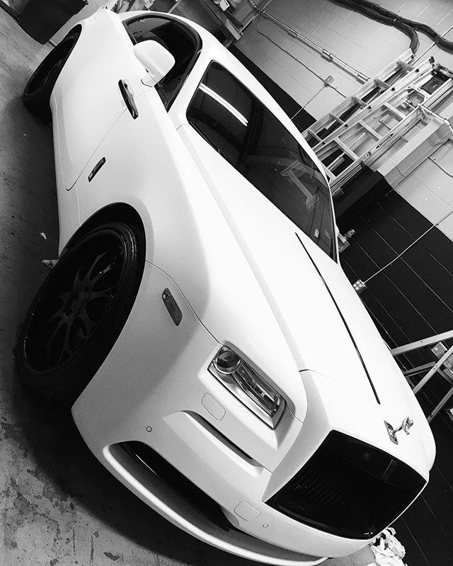 White Rolls Royce Wraith 2016: Rolls Royce Wraith