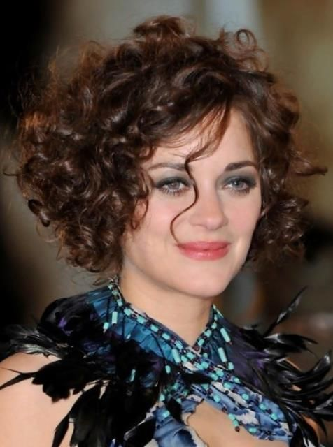 Short Haircuts For Thick Curly Hair And Round Faces My Style In