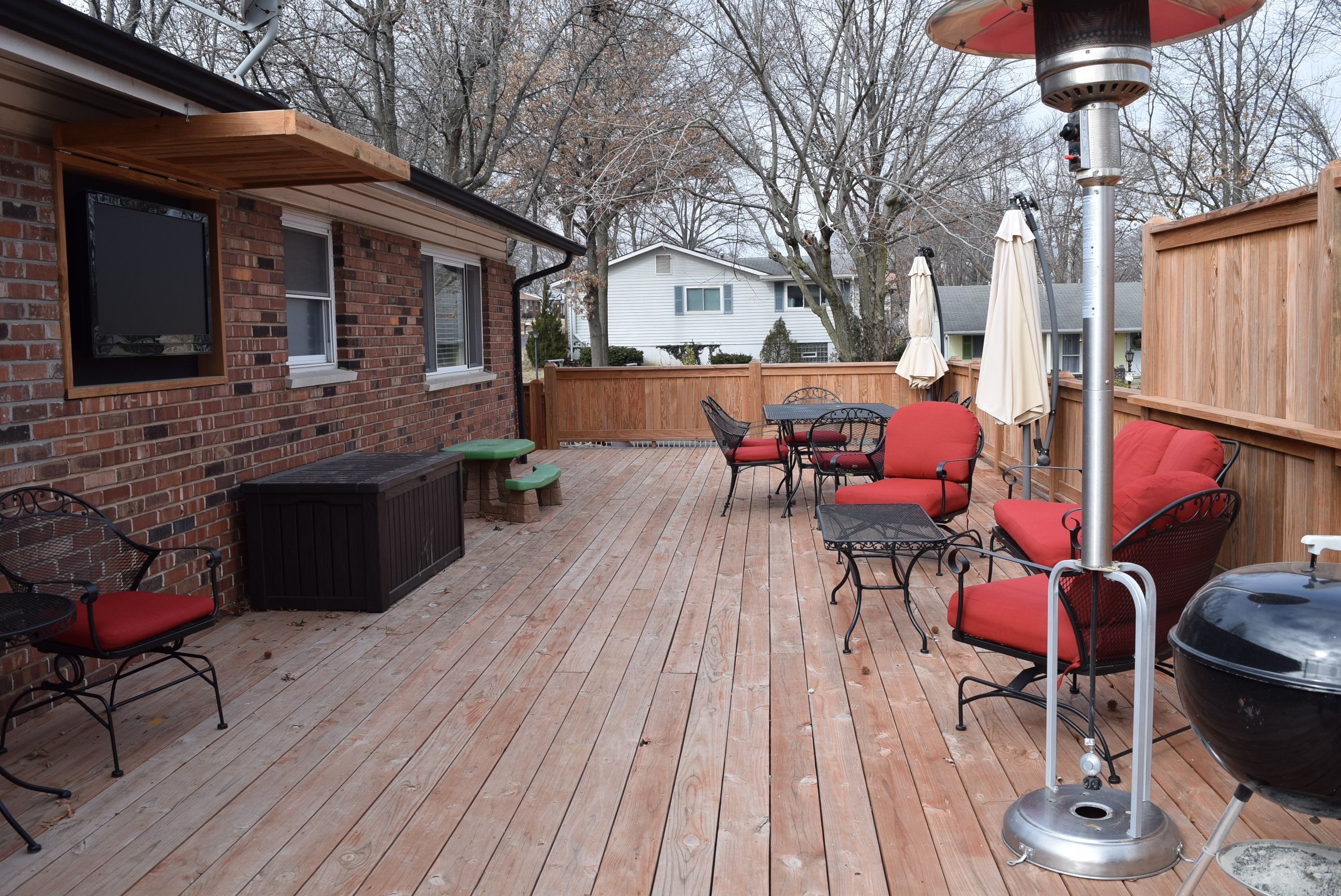 Fantastic deck for entertaining (16'x44') with privacy area and built-in TV nook.