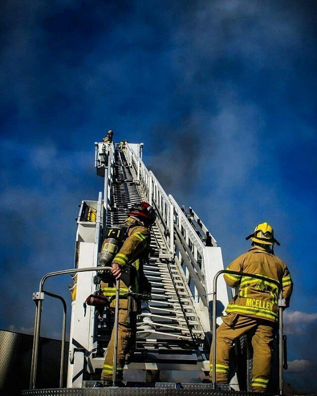 FEATURED POST @coloradofirefighters - Truck 1 Captain and Engineer on the HighView Fire last year. . CHECK OUT! http://ift.tt/2aftxS9 . Facebook- chiefmiller1 Snapchat- chief_miller Periscope -chief_miller Tumbr- chief-miller Twitter - chief_miller YouTube- chief miller Use #chiefmiller in your post! . #fire #firetruck #firedepartment #fireman #firefighters #ems #kcco #brotherhood #firefighting #paramedic #firehouse #rescue #firedept #feuerwehr #crossfit #brandweer #pompier #medic…
