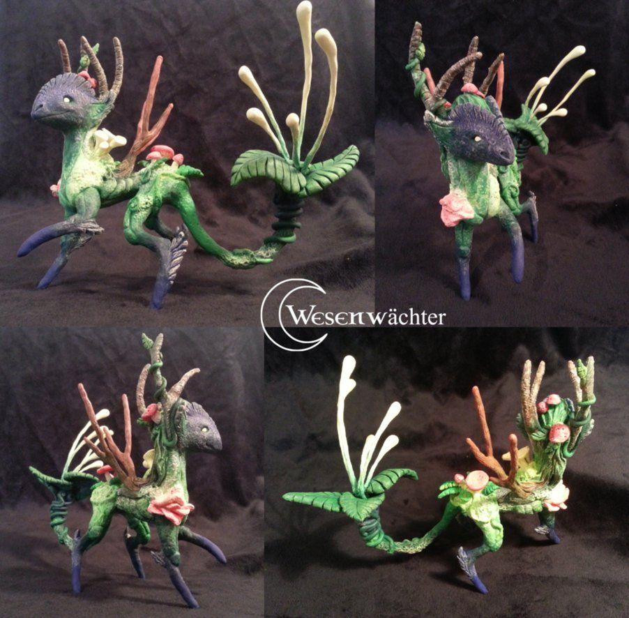 Deerdragon - painted. Sculpture made by wesenwaechter.