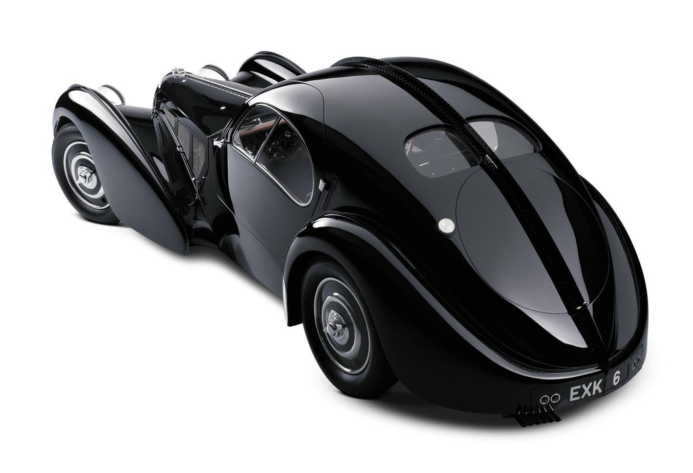 Style Sculpture 1938 Bugatti 57 Sc Atlantic Coupe Ralph Lauren S Car Collection Bugatti Type 57 Expensive Cars Beautiful Cars