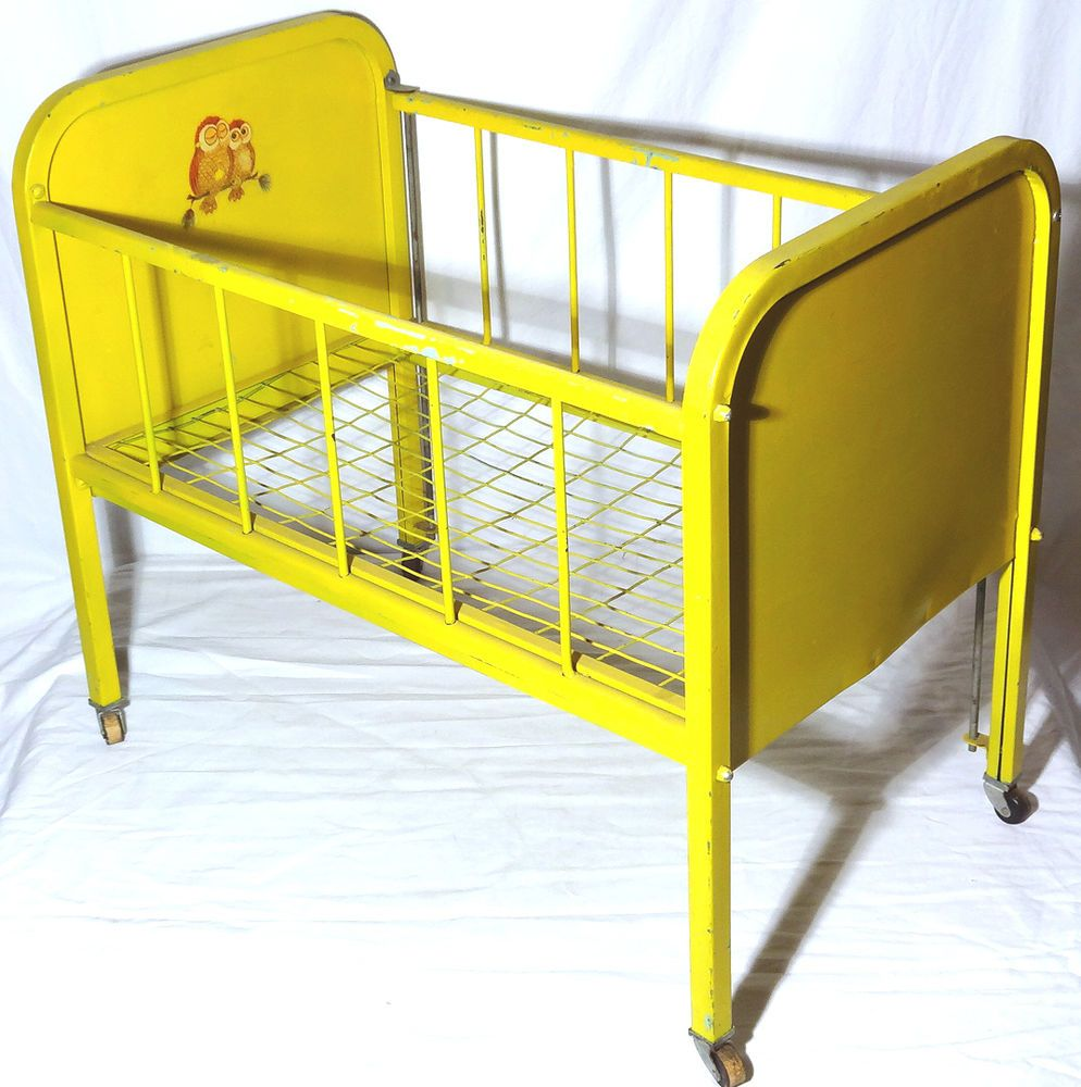 Amsco DollECrib c.1950s Metal Doll Bed DROP RAIL Caster