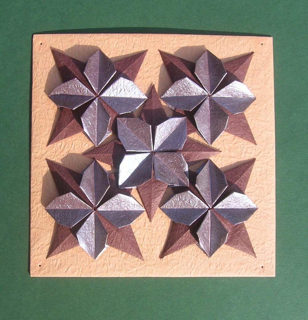 Sam Kwiat W Wersji Plaskiej Zlozony Z Jednej Kartki Papieru Jest To Moj Kolejny Model Autorski I Jego Rozn Origami Wall Art Paper Crafts Origami Origami Cards