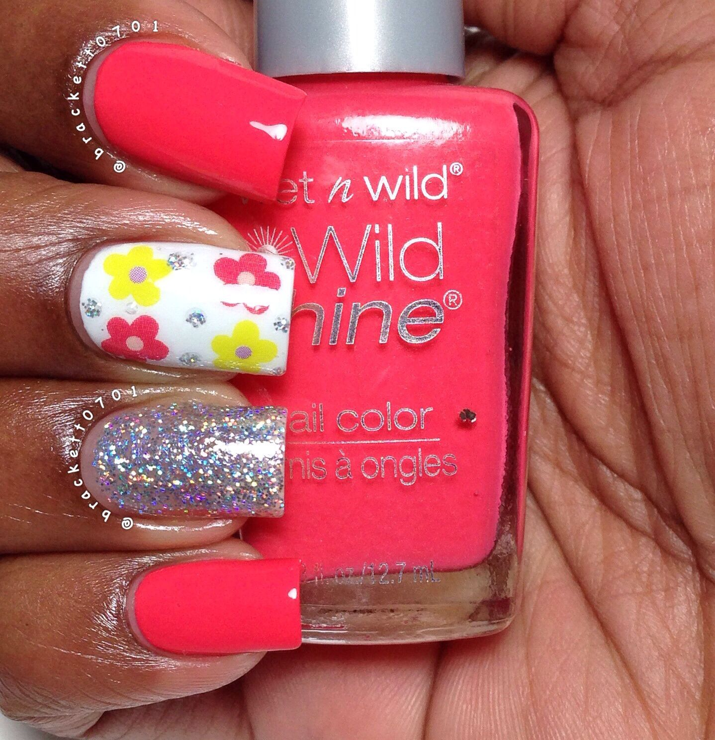 Wet N Wild Neon Nail Polish: Flowers, Glitter And Neon! Wet N Wild Temptation, Flowers
