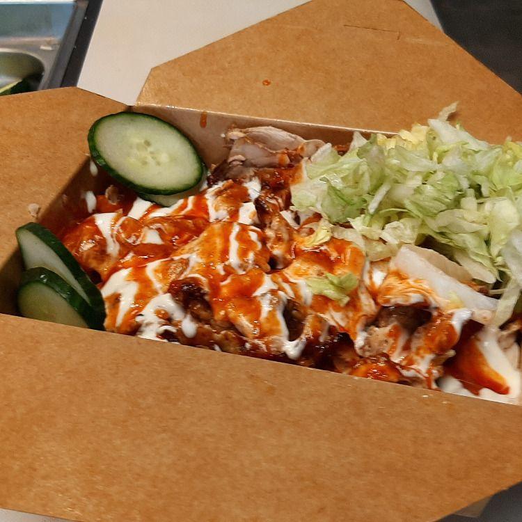 Delicious Chicken / Beef Shawarma Wraps & Platters. 100% Halal.