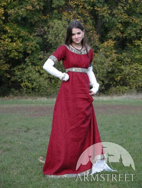 La robe franque médiévale avec la sous robe ArmStreet
