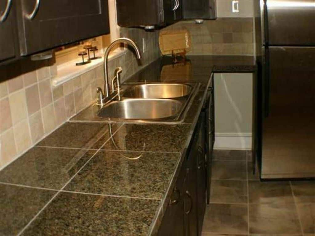 How To Decorate Ceramic Tiles Tile Countertops Kitchen Tile Countertops Glass Tiles Kitchen