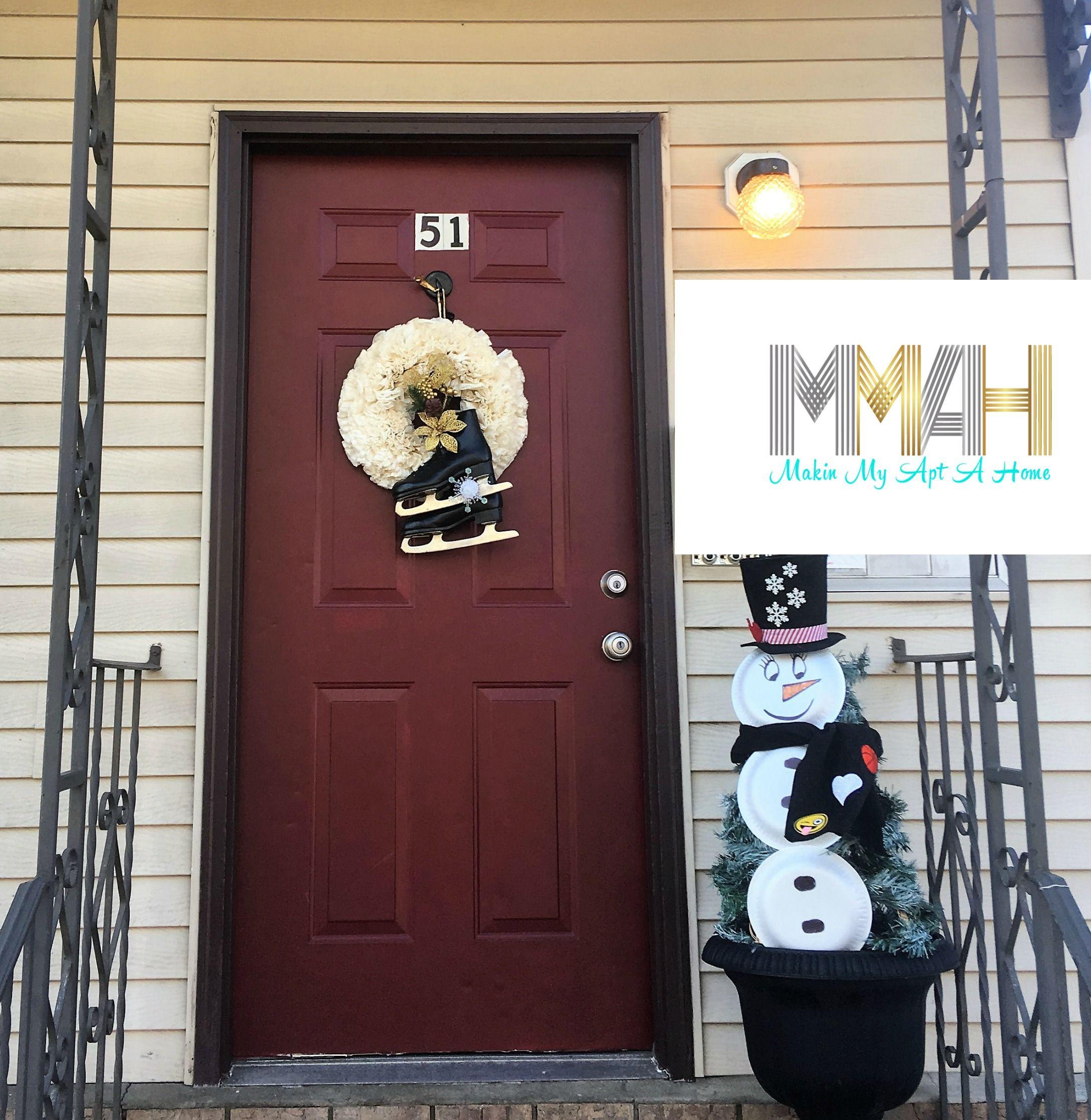 A New Look To An Old Door With Modern Masters Makin My Apt A Home Front Door Paint Colors Painted Doors Door Paint Colors