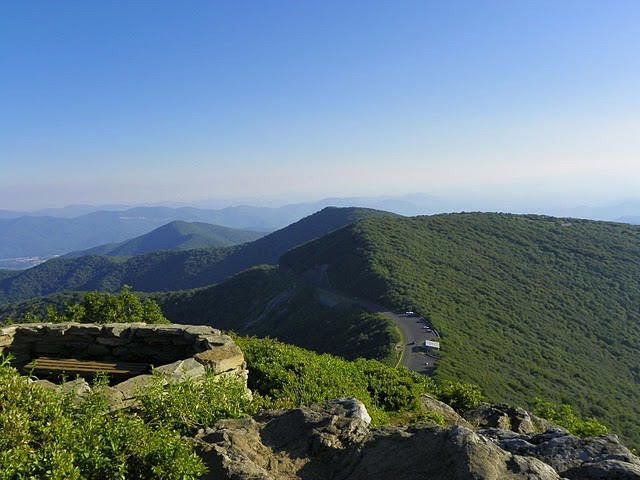 Craggy Pinnacle A Great Shorter Moderate Hike Takes You To The 5 892 Ft Peak With A Great 360