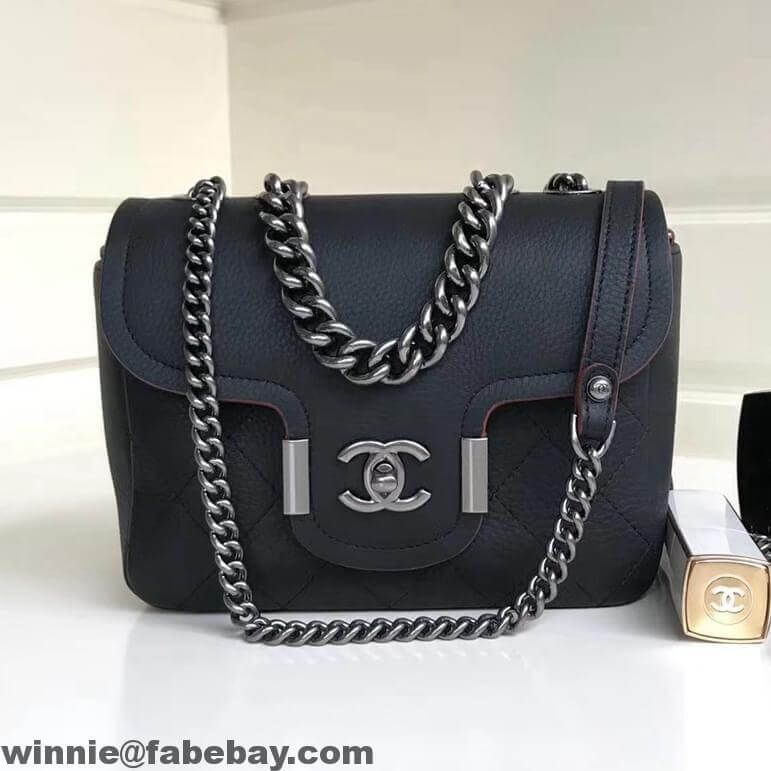 93c606719f6a Chanel Grained Calfskin Archi Chic Flap Bag A57217 2018 | Chanel in ...