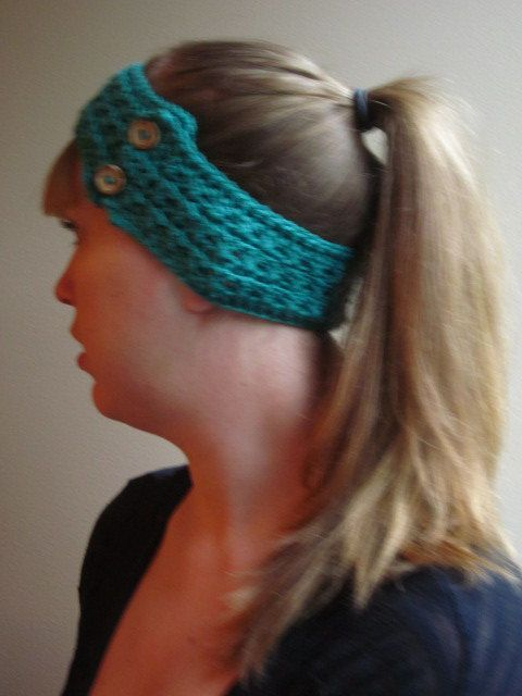 This item is perfect to keep your ears warm on those days when you want to be outside but dont want to wear a hat. This ear warmer is made with