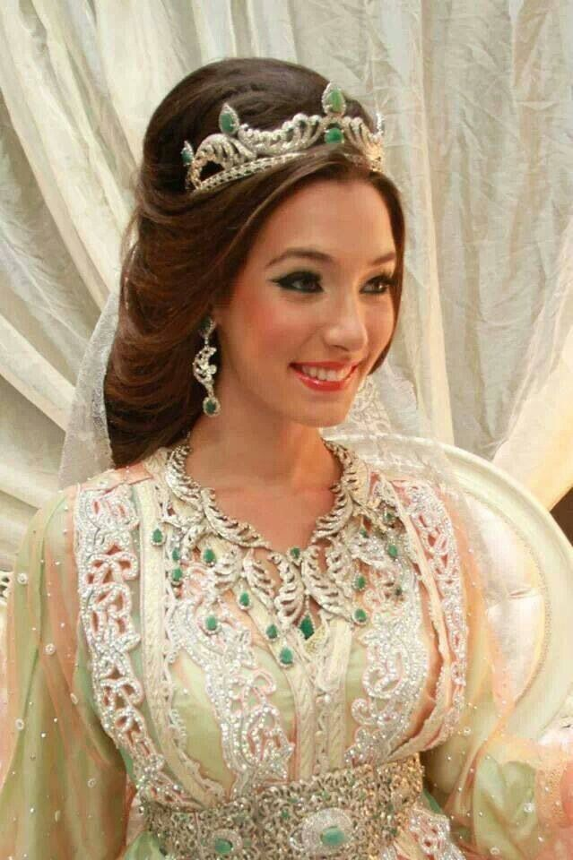 Moroccan bride - takshita