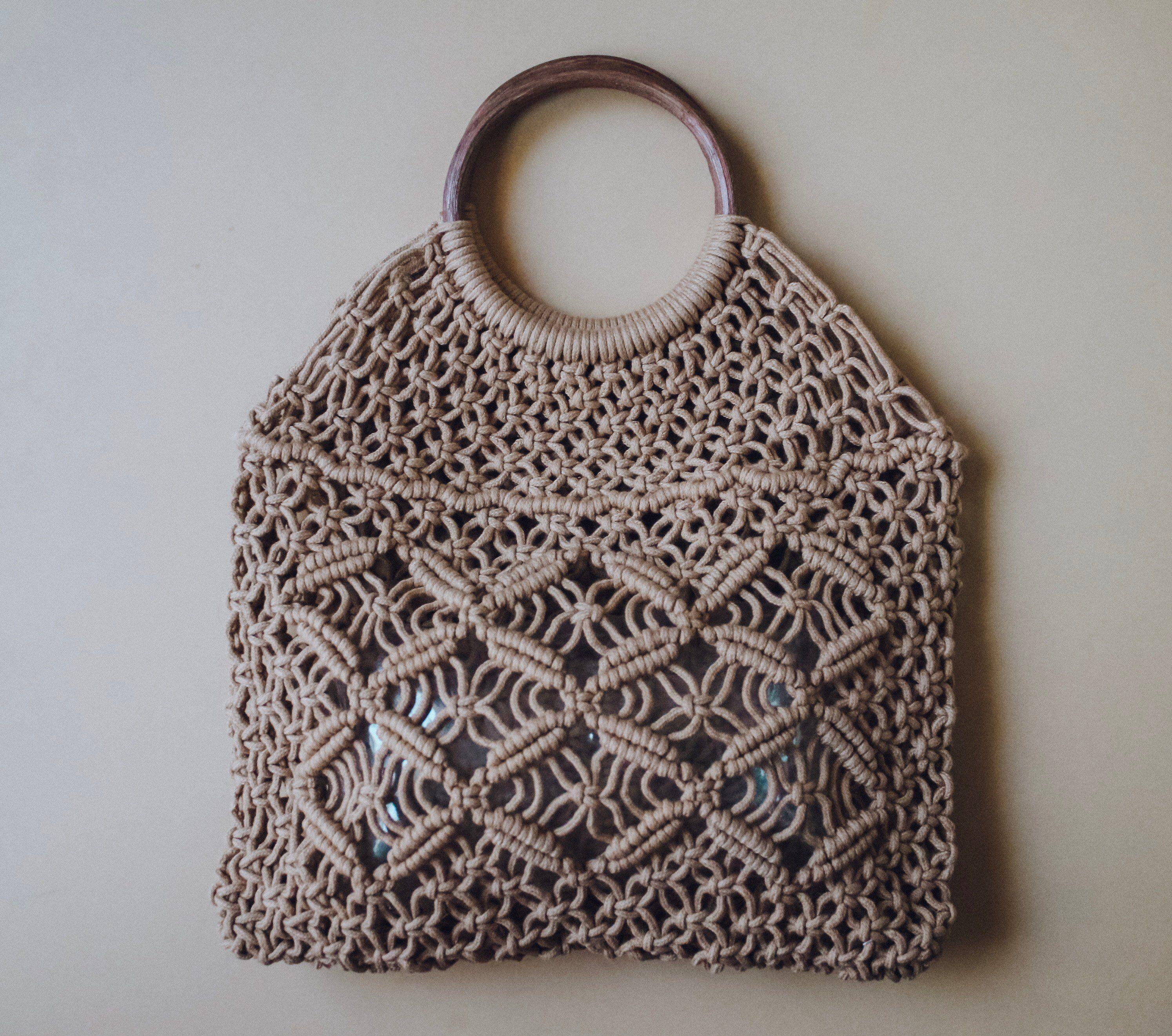 Macrame Bag Tote Handbag Crochet Purse Wood Handle Vintage Style Macrame Handbag In Tan Usa Shipping Crochet Bag Macrame Bag Crochet Bags Purses