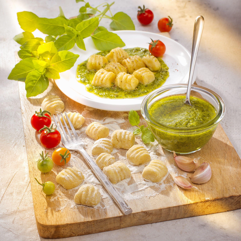 recette italienne gnocchis maison et pesto companion moulinex italian food cuisine companion de. Black Bedroom Furniture Sets. Home Design Ideas